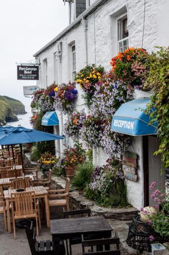 Port Gaverne Hotel, Port Gaverne, Cornwall