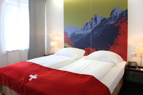 Helvetia Hotel Munich City Center photo 4