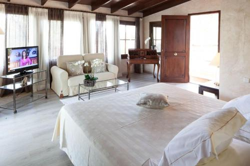 Suite with Sea View Hotel Rural Cas Pla 11
