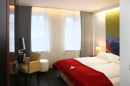 Helvetia Hotel Munich City Center photo 12