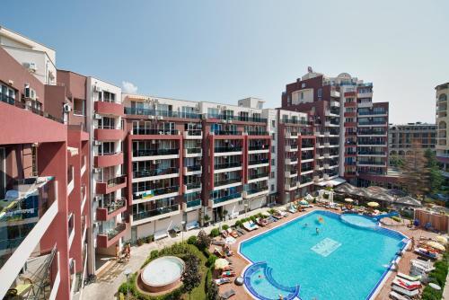 . Admiral Plaza Holiday Apartments