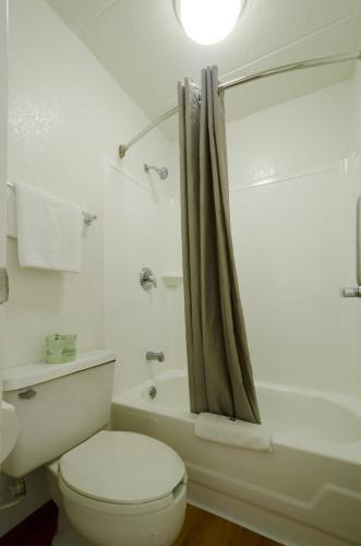 Motel 6 Washington DC - Gaithersburg - Gaithersburg, MD 20878