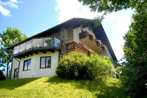 Frühstückspension Wiesenhaus - Accommodation - Miesenbach