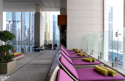 Bonnington Jumeirah Lakes Towers photo 12