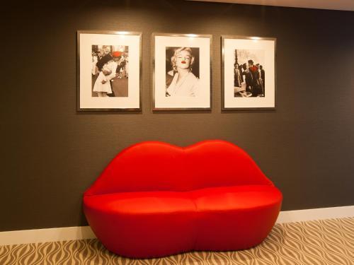 Lutecia Smart Design Hotel photo 27