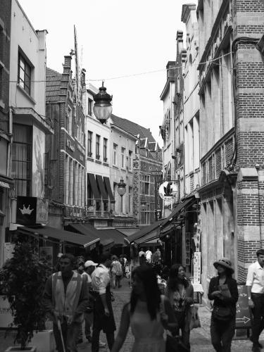 38 rue de Bouchers, 1000 Brussels, Belgium.