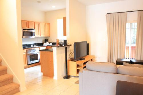 Regal Oaks A Clc World Resort - Kissimmee - Kissimmee, FL 34746