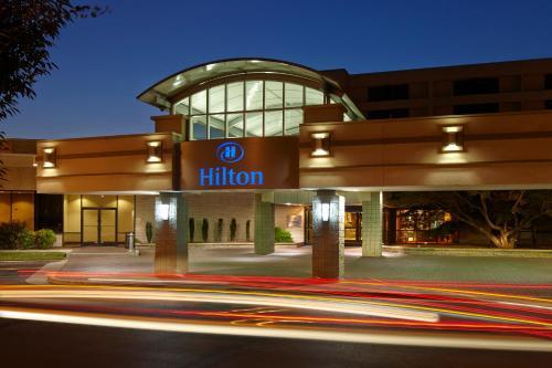 Hilton Raleigh North Hills - Hotel - Raleigh