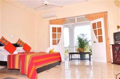 Hotel Nathaliya rom bilder