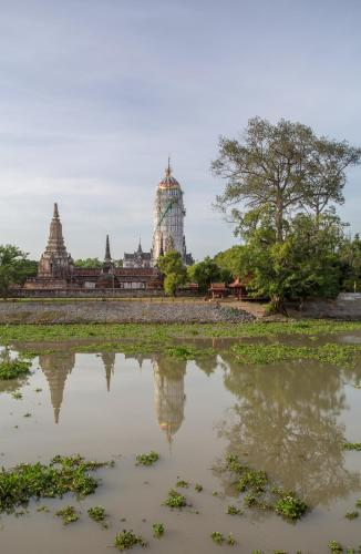 9/2 Moo 4   U-thong Road, Pratu Chai, Phra Nakhon, Si Ayutthaya 13000, Thailand.