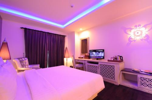 Chillax Resort photo 46