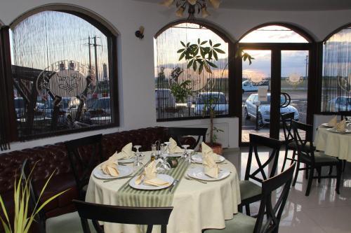 . Hotel Royal 2