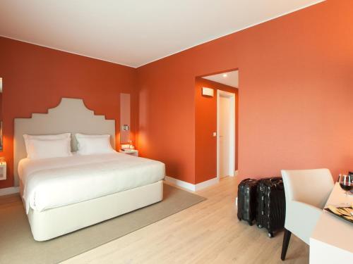 Lutecia Smart Design Hotel photo 34