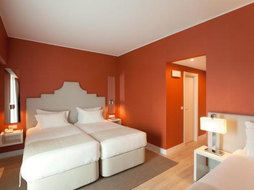 Lutecia Smart Design Hotel photo 40