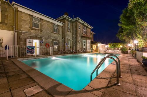 Queensmead Hotel