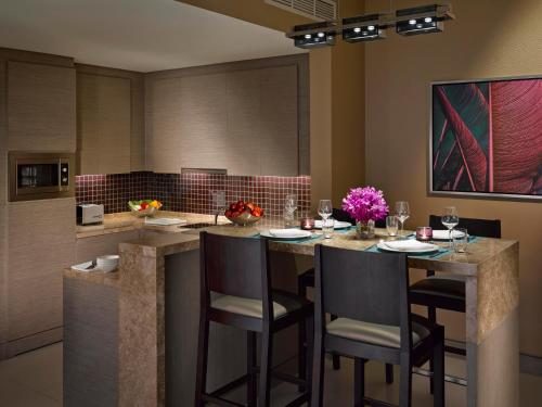 Dusit Thani Abu Dhabi Apartments photo 23