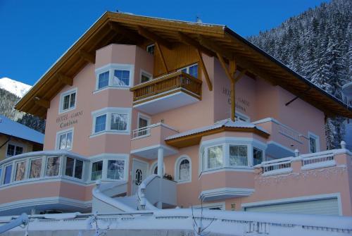 Hotel Garni Corinna Ischgl