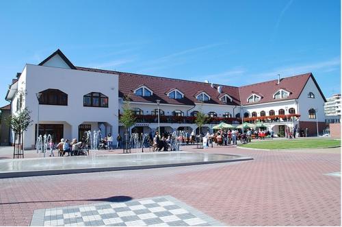 . Hotel Sluneční dvůr