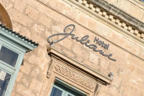 25 St George's Rd, St Julian's, STJ3208, Malta.