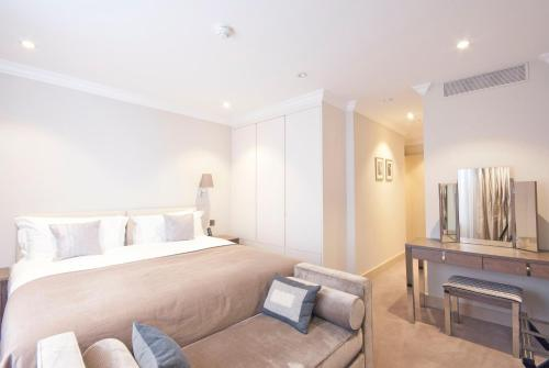 Claverley Court Apartment Knightsbridge photo 36