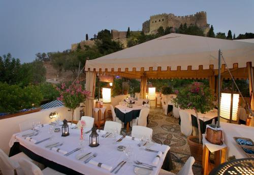 Lindos Rhodes 851 07, Greece.