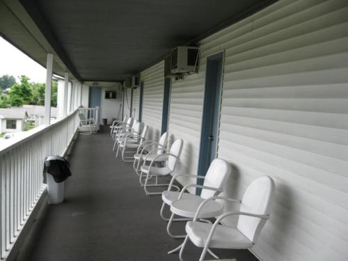 Twin Lakes Inn - Lakeview, AR 72642