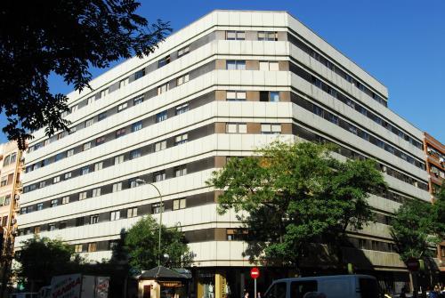 Apartamentos Goya 75