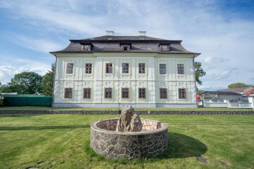 Chateau Diva