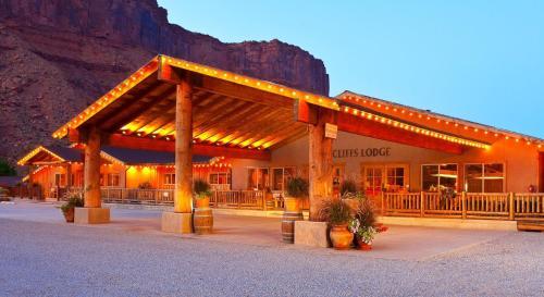 . Red Cliffs Lodge