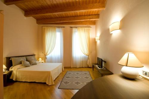 Piazza Azuni 18 Guest House img5
