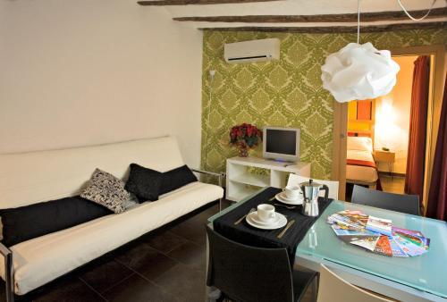 Apartaments Ciutat Vella photo 2