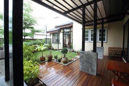 Mon Lodge & Yoga Donmueang Mon Lodge & Yoga Donmueang