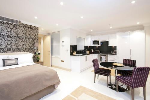 Claverley Court Apartment Knightsbridge photo 39