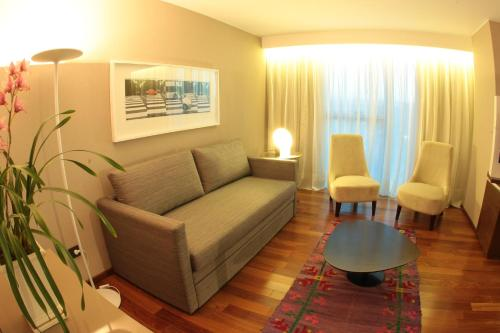 Фото отеля Yrigoyen 111 Hotel