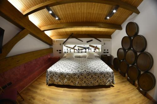 Superior Suite - single occupancy Hotel el Lagar de Isilla 19
