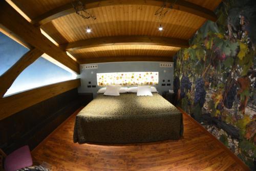 Superior Suite - single occupancy Hotel el Lagar de Isilla 21