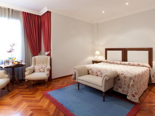 Hotel Don Pío 27