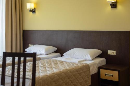 Санаторий Актер Стандартный двухместный номер с 2 отдельными кроватями, лечение включено