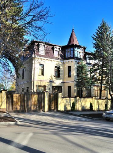 Sanatoriy Imeni Anzhievskogo   Korpus Villa German