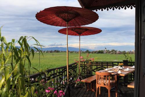 Inn Paw Khone Village, Nyaung Shwe Township, Inle Lake, 11221 Ywama, Myanmar.