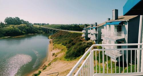 The Beach House Inn - Fort Bragg, CA 95437