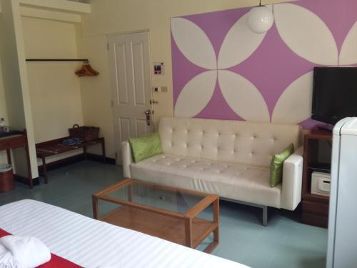 Sawasdee Sukhumvit Inn photo 35