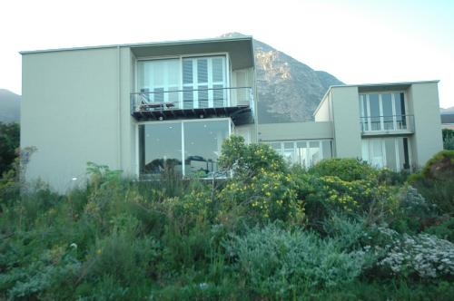 253a, Tenth street, Hermanus 7200, South Africa.