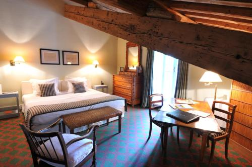 Manade Jacques Bon, Le Sambuc, Route de Salin-de-Giraud - RD36, 13200 Arles, France.