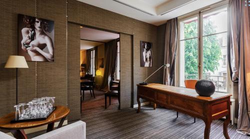 Chambres d'Hôtes dans Hôtel Particulier photo 8