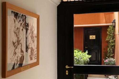 Via Della Purificazione 42, Rome, 00187, Italy.
