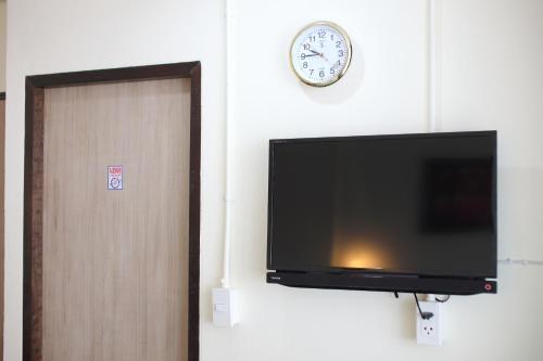 Sukhumvit 20 Guest House photo 7