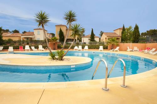 Résidence Village D'Oc Golf de Béziers by Popinns - Accommodation - Béziers