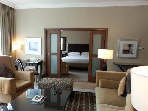 Khalidiya Hotel photo 47