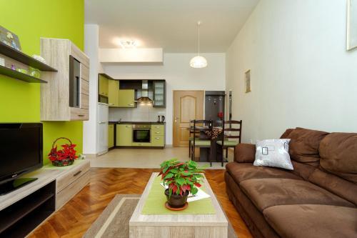 Hotel Apartment Eliana